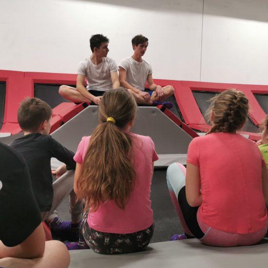 Jump Academy Olomouc trenink na trampolinach